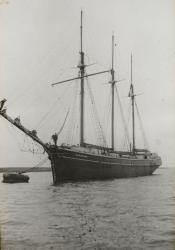 Dundee Arctic trading vessel 'Easonian' moored to buoy