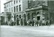Edinburgh Bus Queue